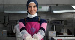 BM'den aldığı hibeyle iş kuran Suriyeli Emel Shamma, ürettiği lokumları 4 ülkeye ihraç ediyor