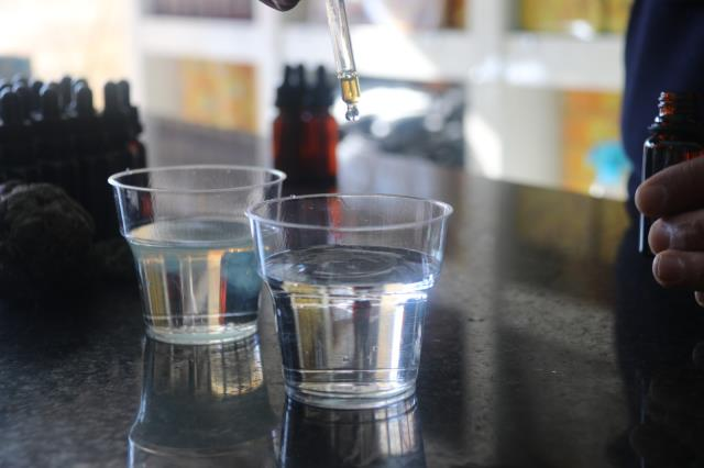 Bağışıklık sistemini güçlendiren propolis, litresi 10 bin liradan alıcı buluyor