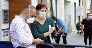 İstanbul'da bugünden itibaren kıraathane, berber, internet kafelere girişte HES kodu zorunlu oldu