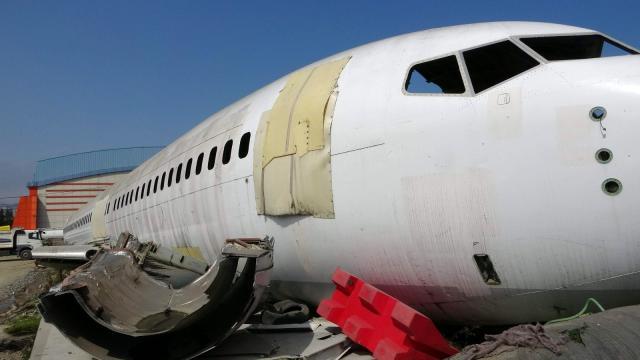 Trabzon Havalimanı'nda pistten çıkan uçak, 4 milyon TL'lik yatırımla pide salonu olacak